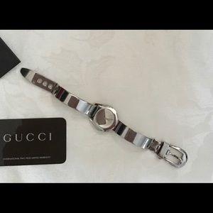 Authentic Gucci Vintage Bangle Watch